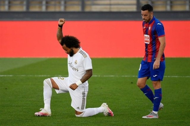 Marcelo takes knee as Madrid return with win over Eibar