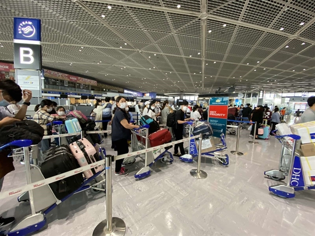 340 Vietnamese citizens brought back from Japan