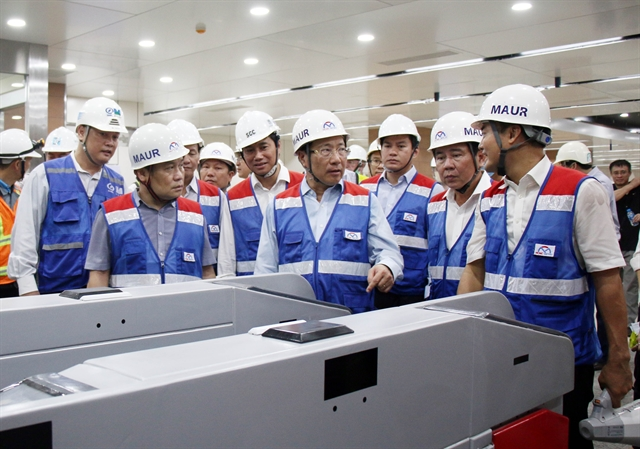 Deputy Prime Minister inspects progress on HCM Citys metro line