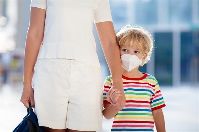 Wear masks in public says WHO in new coronavirus advice