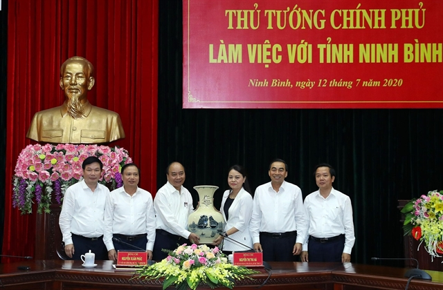 PM checks disbursement of public investment in Ninh Bình