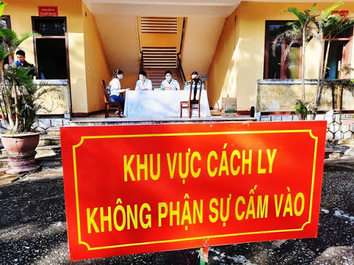 Việt Nam reports two new imported COVID-19 cases quarantine escapees sought