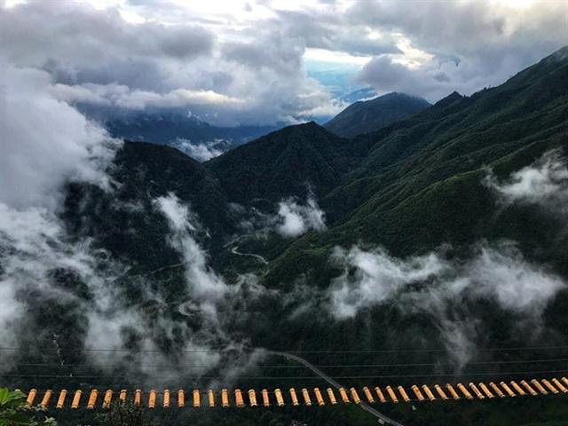 Bridge 2000 metres above sea level challengesvisitors