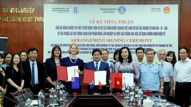 Việt Nam and New Zealand to use electronic clearance for agricultural products