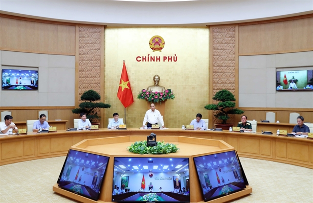 PM Phúc talks socio-economic performance with Bình Thuận and Đắk Nông provinces