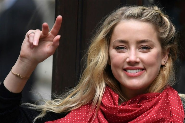 Amber Heard says she loved sober Johnny Depp