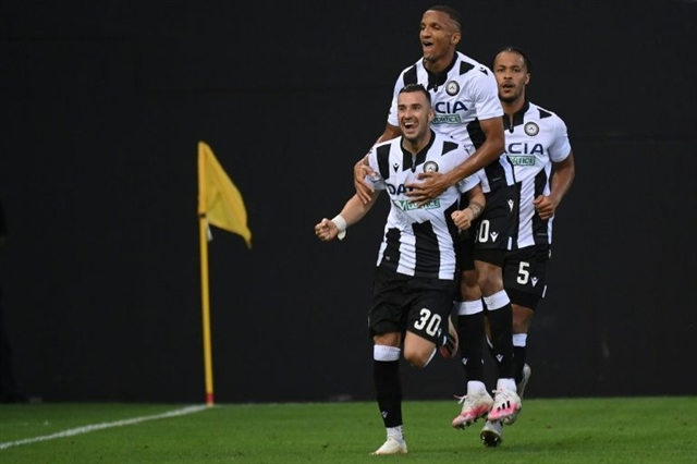 Juve miss chance to seal title with Udinese defeat