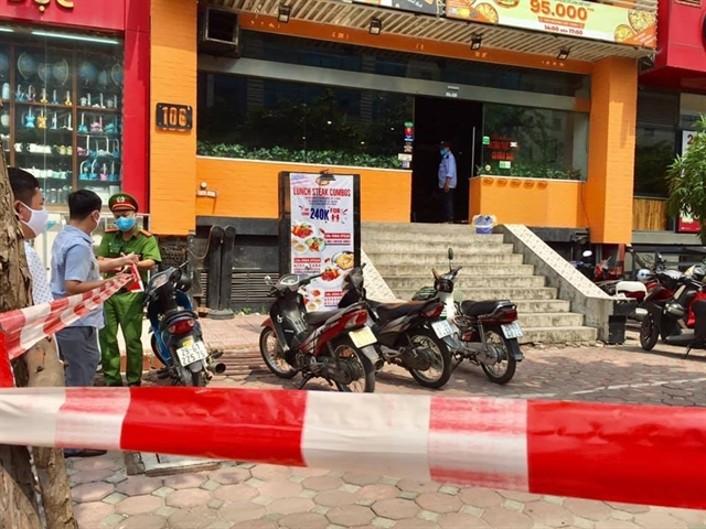 Hà Nội locks down alley and isolates pizza restaurant over COVID-19 case