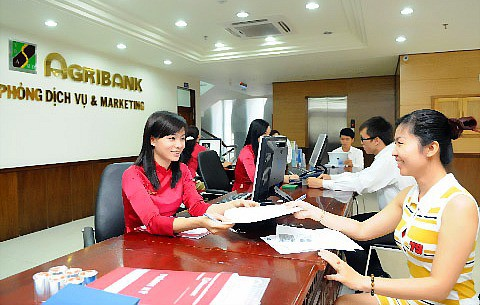 Banks offer relief to 230700 pandemic-hit borrowers in HCM City