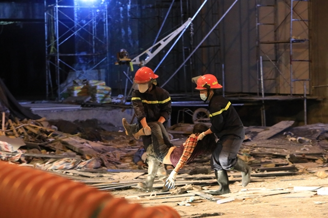 Scaffolding collapse kills three workers in Hà Nội