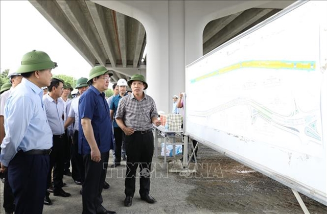 Hà Nội Party official orders major transport projects to speed up
