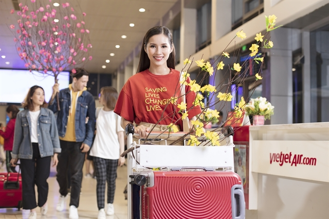 Vietjet sells tickets for upcoming Tết holiday, offering free checked baggage