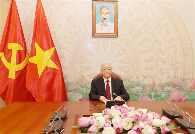 Vietnamese Lao top leaders hold phone talks
