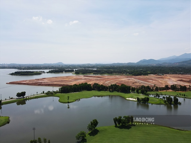 MoNRE inspects land-use management in Đại Lải Lake