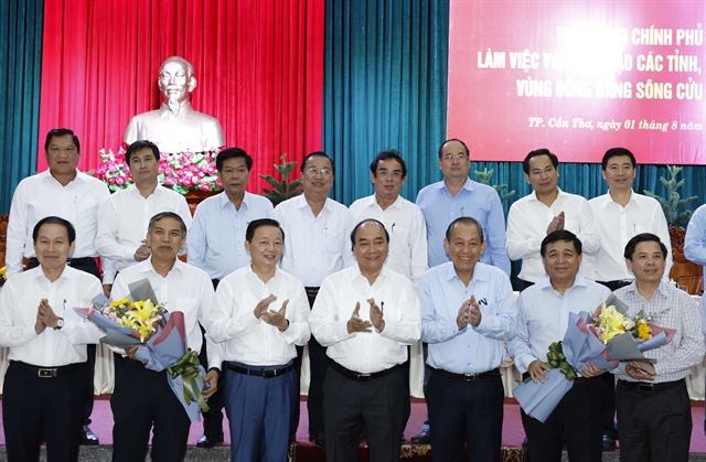 PM holds working session with Mekong Delta localities
