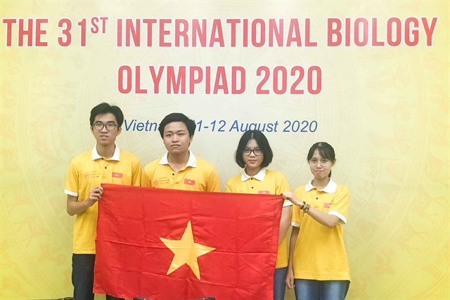 Việt Nam wins four prizes at Intl Biology Olympiad 2020