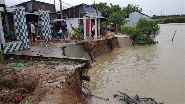 Heavy rains strong winds damage houses in Mekong Delta