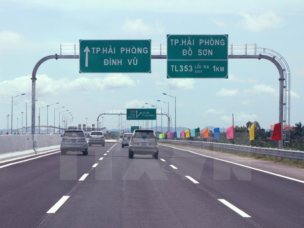 Hà Nội-Hải Phòng Expressway begins non-stop toll collection from August 11