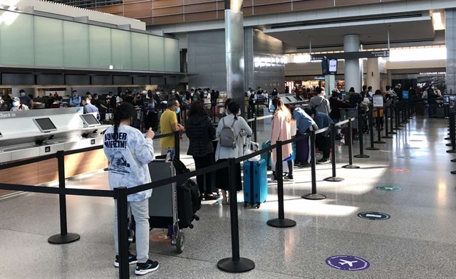 Vietnamese citizens return from US Japan