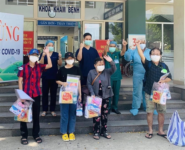 Five more COVID-19 patients recover at Hòa Vang Field Hospital in Đà Nẵng