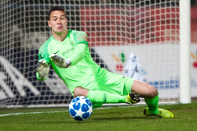 Goalkeeper Filip Nguyễn accepts call-up to Czech national team