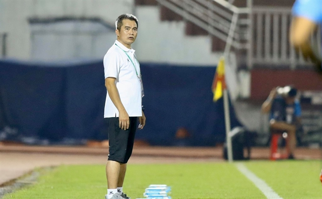 Hồng Lĩnh Hà Tĩnh eye more success with coach Đức