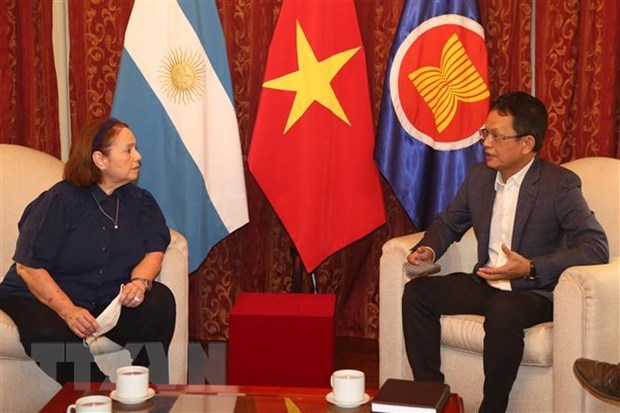 Argentine expert attributes Việt Nams successes to Partys sound leadership