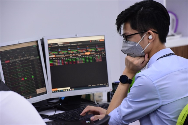 Experts hope for brighter market outlookafter remarkable year