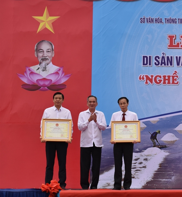 Bạc Liêus salt-making craft recognised as national heritage