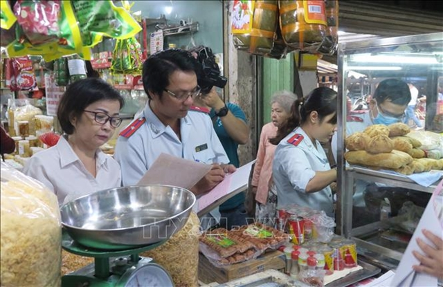 Food safety requested during Tếtfestival