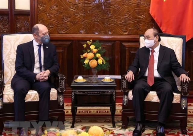 President welcomes new ambassadors of Uruguay Finland Austria