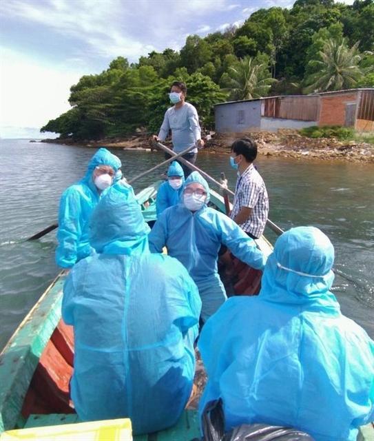 Young volunteer helps islanders prevent COVID