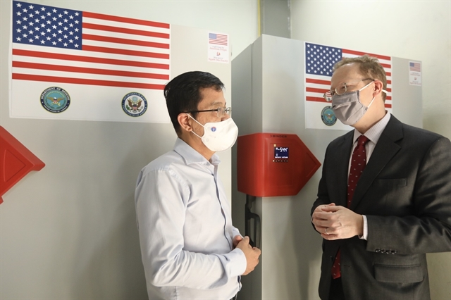 Việt Nam receives ultra-cold freezers from the US to store Pfizer vaccines