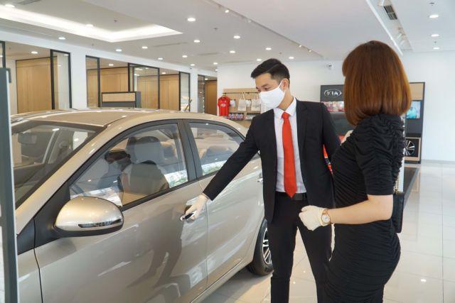 Positive signsforyear-end car shopping