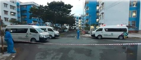 HCM City begins to closefield hospitals at dormitoriesschools