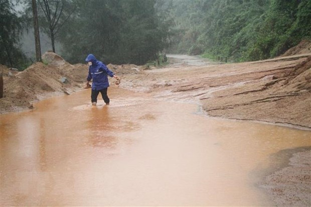Central and highlands localities work to recover from floods