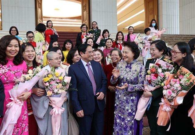 Prime Minister praises Vietnamese women for their dedication
