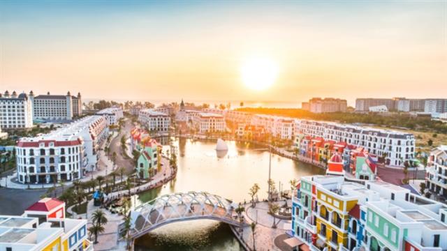 Vaccine passportscould help resort real estate sector