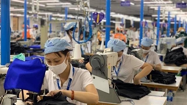 HCM City industrial provinces seek ways to get COVID returnees back