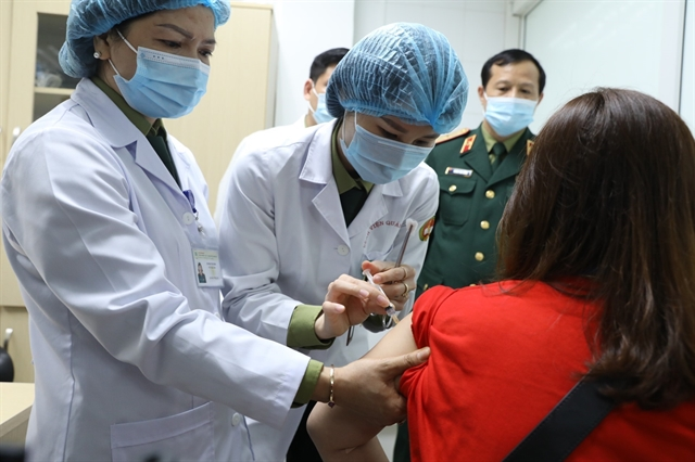 74 volunteers receive made-in-Việt Nam COVID-19 vaccine in human trials Phase II