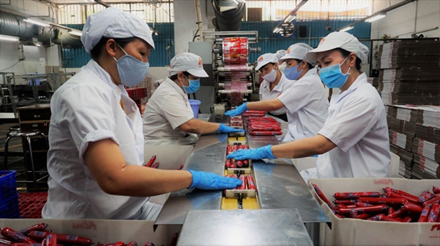Food supplies stable prices ensured for Tết holiday