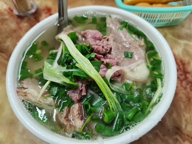 Phở ranks 2ndof 20 best soups in the world by CNN