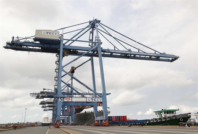 PM wants Cái Mép – ThịVải seaport complex to be developed to regional standard