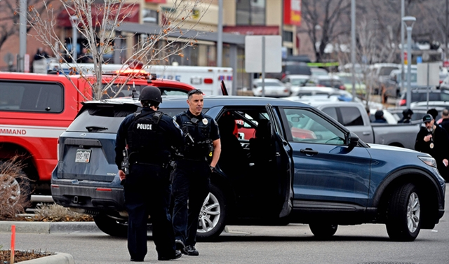 Multiple deaths in US mass shooting at Colorado grocery store