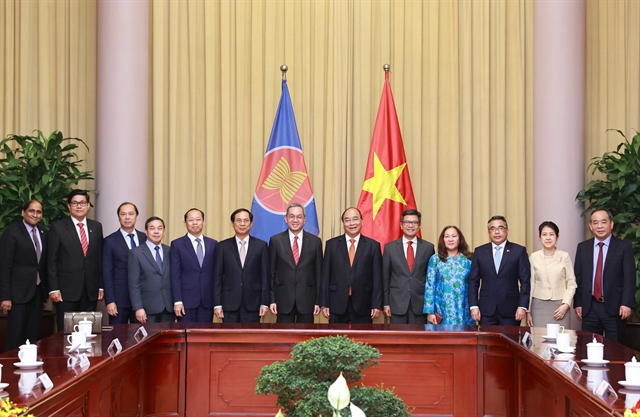 President hosts ASEAN diplomats in Hà Nội