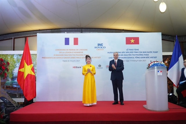 Vietjet CEO receives the French Legion of Honour