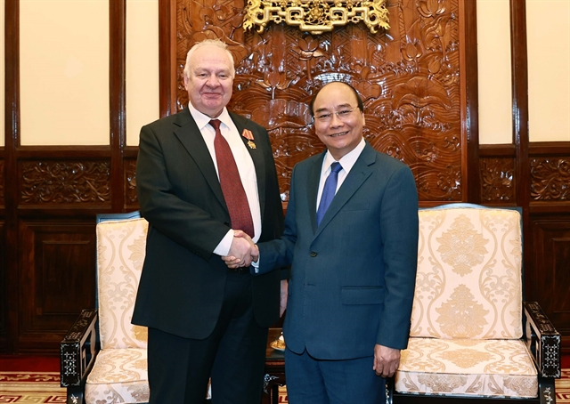 President Phúc hosts outgoing Russian Ambassador