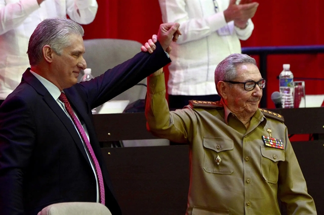 Vietnamese Party chief Nguyễn Phú Trọng congratulates new leader of Communist Party of Cuba