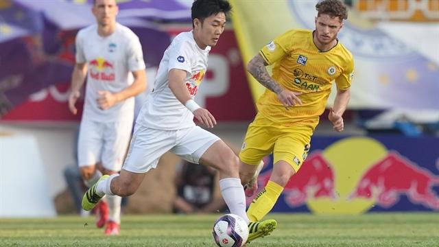 Rejuvenated midfielder Trường leading HAGL forward