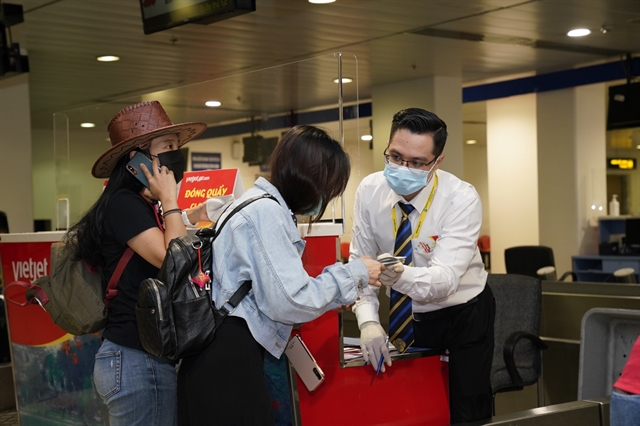 Vietjet HD Insurance team up to offer free insurance